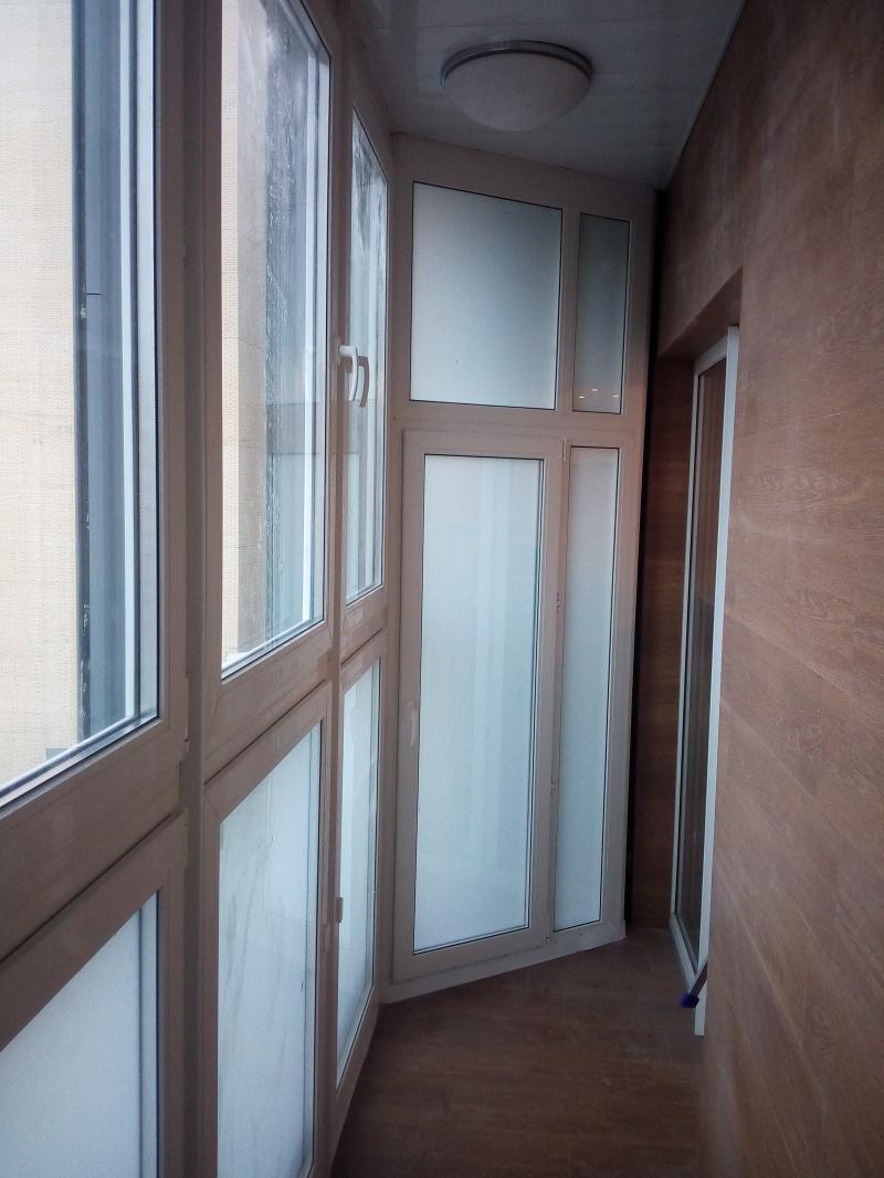 Остекление балкона и присоединение его к комнате. - двери ба.