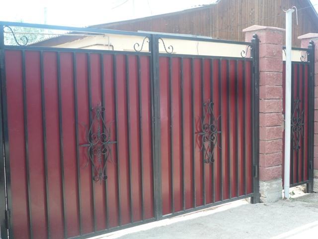 фото железных заборов и ворот